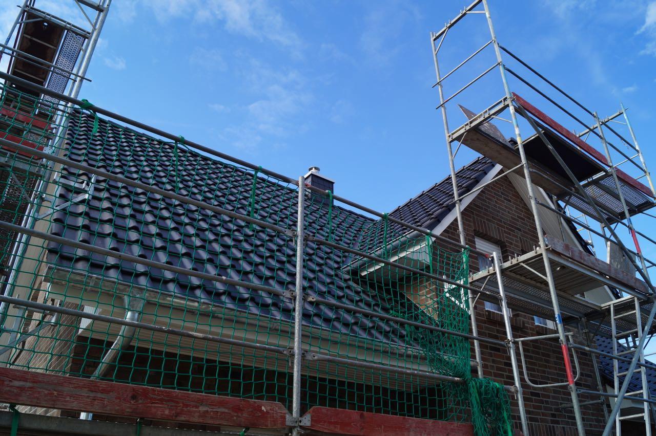 Dach eingedeckt – 2