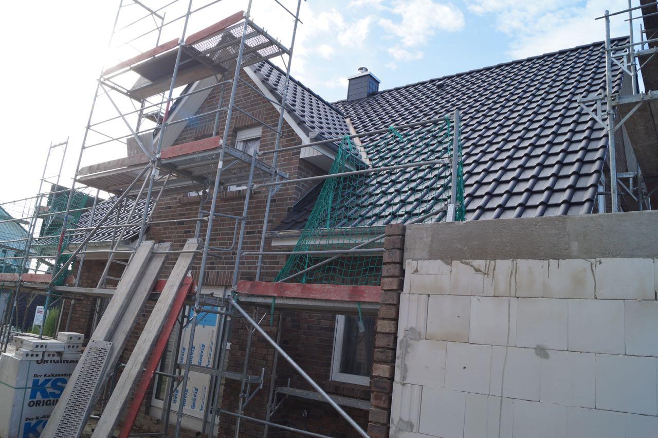 Dach eingedeckt – 3