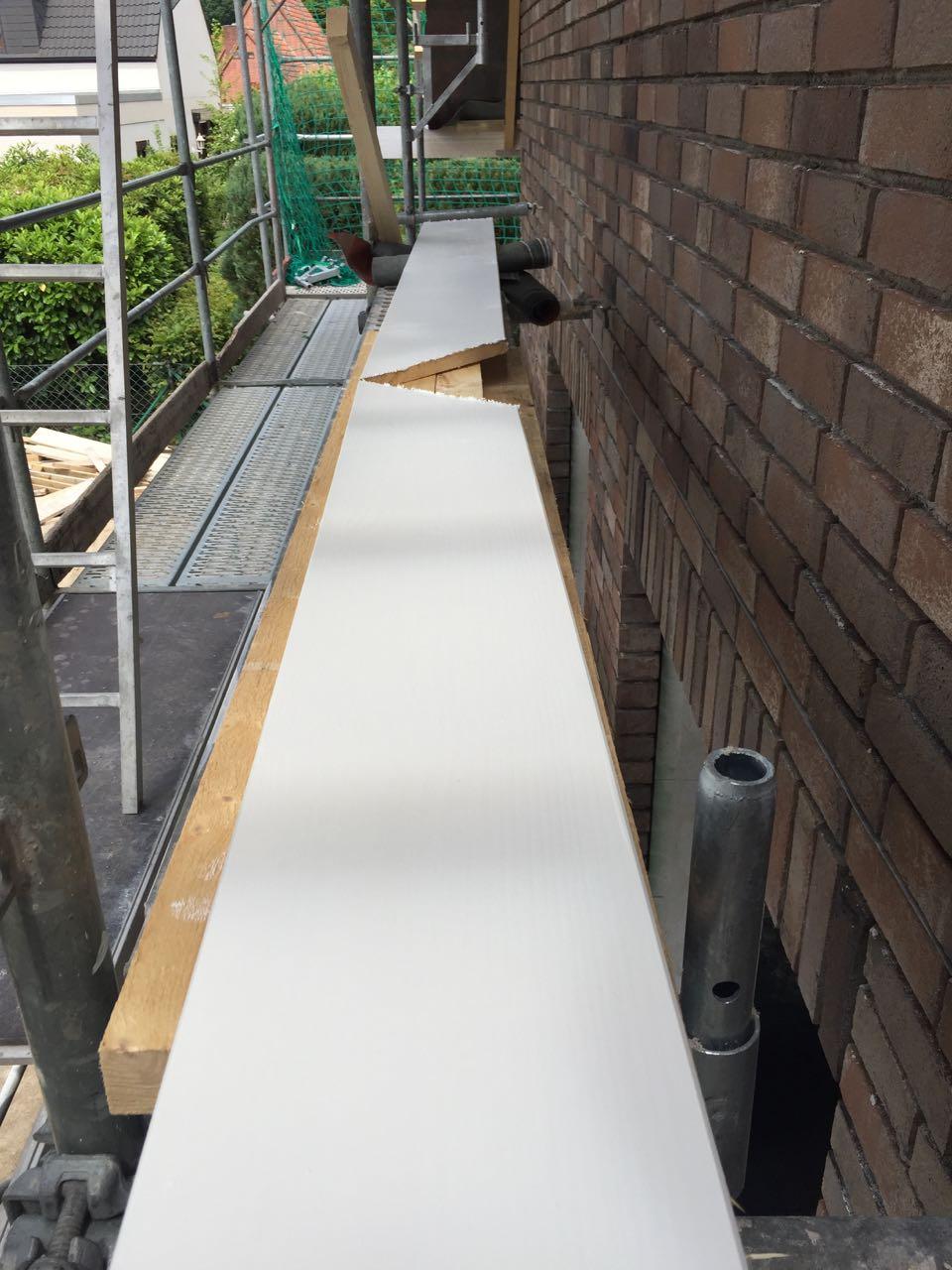 Dachüberstände streichen – 3