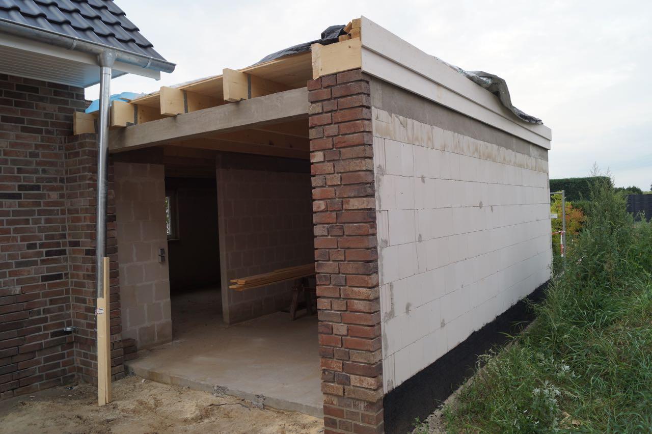 Garage – 10